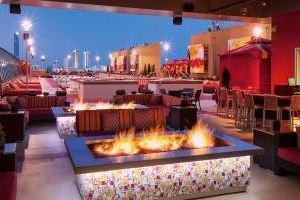 金塊賭場酒店(Golden Nugget Hotel & Casino)