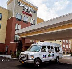 布法羅機場 TownePlace Suites 酒店(TownePlace Suites Buffalo Airport)
