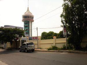 努伊諾汽車旅館(Nui Nho Motel)