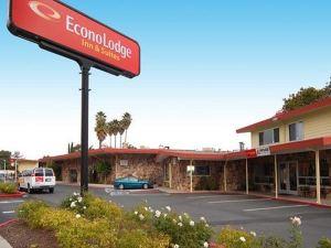 奧克蘭機場茵斯維茨伊克諾旅館(Econo Lodge Inn & Suites Oakland Airport)