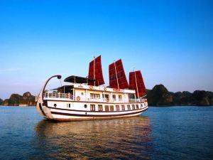 下龍灣天蝎游輪(Halong Scorpion Cruise)