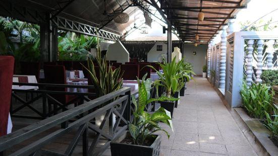 ASIAN SQUARE Restaurant & Lounge