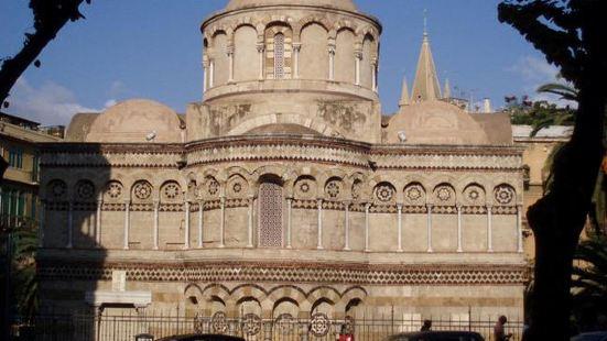 Annunziata dei Catalani教堂