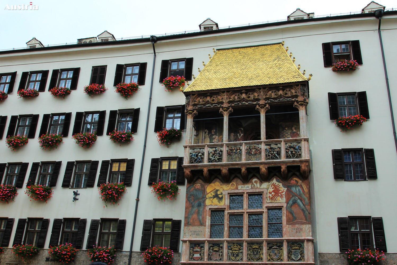 GOLDEN ROOF MUSEUM