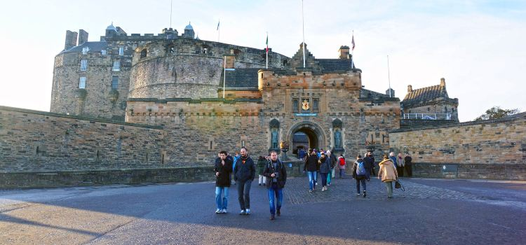 Edinburgh Castle2