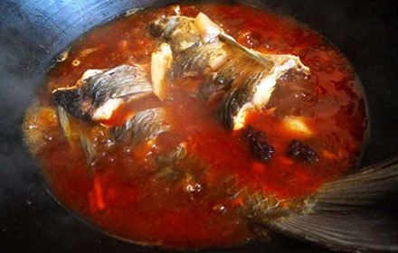柏樺林灶台魚