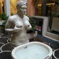 Fontana delle Tette User Photo