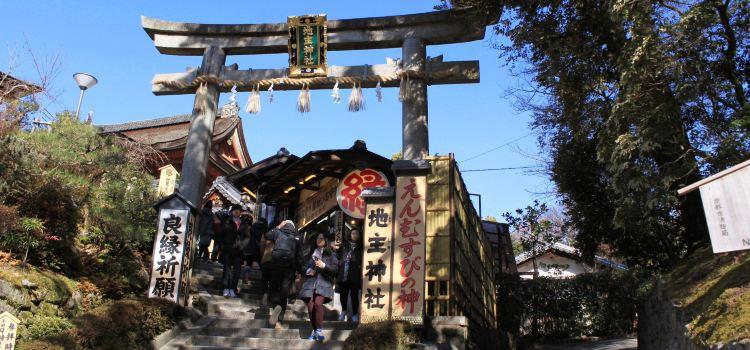 Jisyu Shrine1