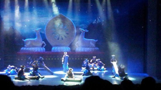 《尋找·香巴拉》原生態歌舞劇