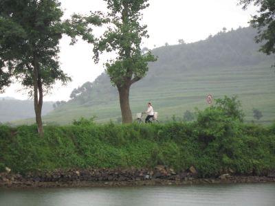 朝鮮內江遊船