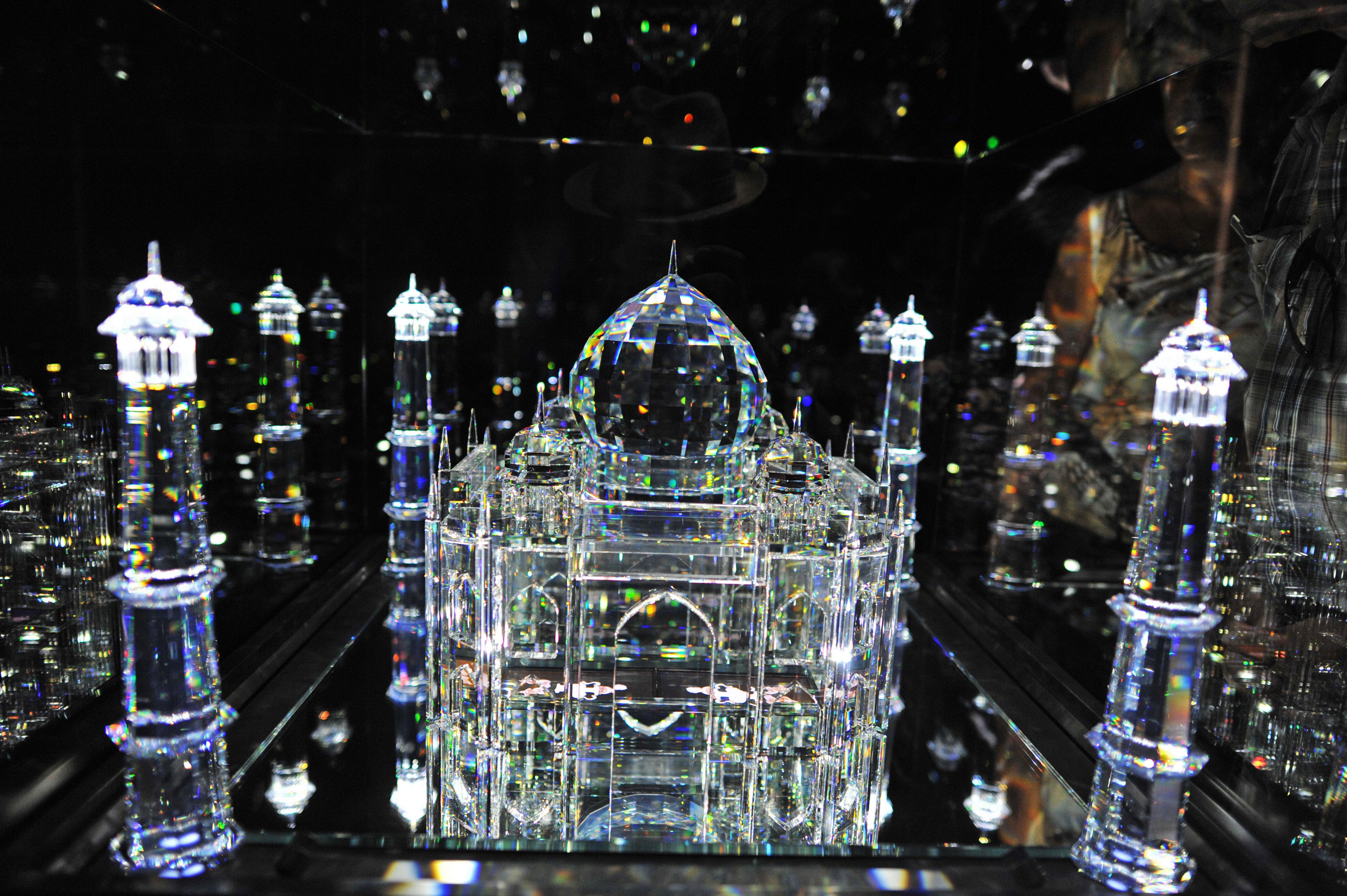 Innsbruck and Swarovski's Crystal World: Full Day Trip from Munich
