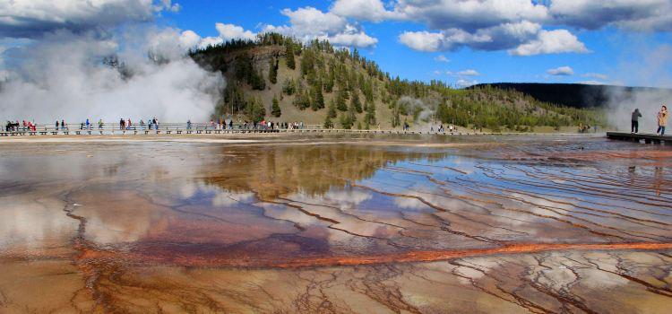 Yellowstone National Park3