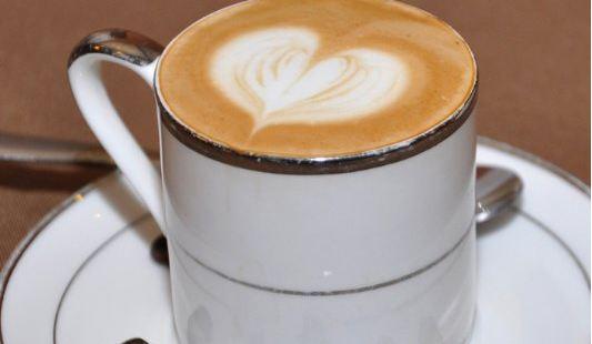 上島咖啡(航頭店)