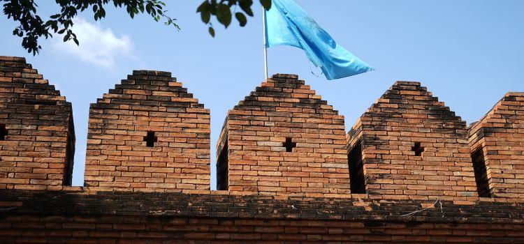 Tha Phae Gate2