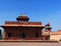 被水遺棄的城堡 -- 印度阿格拉法地布林•西格里