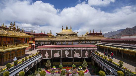 大昭寺彌勒殿