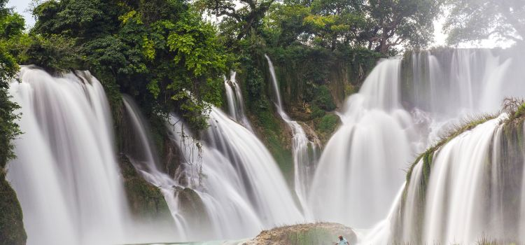 Detian Transnational Waterfall Scenic Area3
