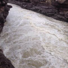 黃河峽谷漂流用戶圖片