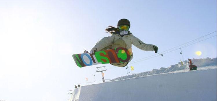 天山天池國際滑雪場1