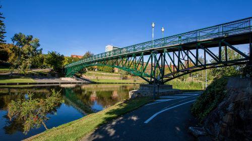 多倫斯河帶狀公園小徑