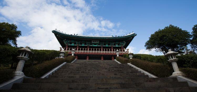 Cheonjeyeon Falls1
