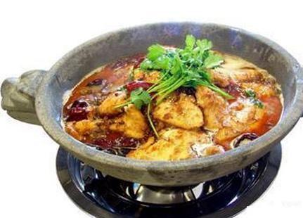 雲南原生態石鍋魚