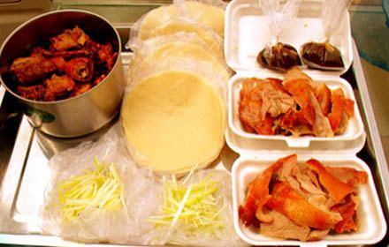 果木烤鴨 香酥雞塊