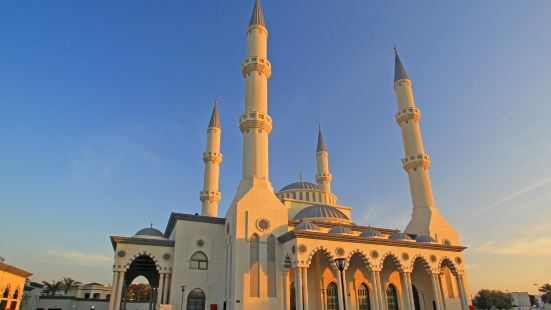 파루크 오마르 빈 알 카타브 모스크