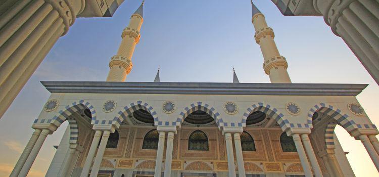 파루크 오마르 빈 알 카타브 모스크3