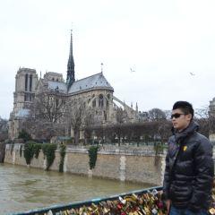 ノートルダム大聖堂の塔 Towers of Notre-Dame Cathedralのユーザー投稿写真