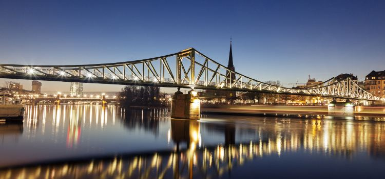 Iron Footbridge1
