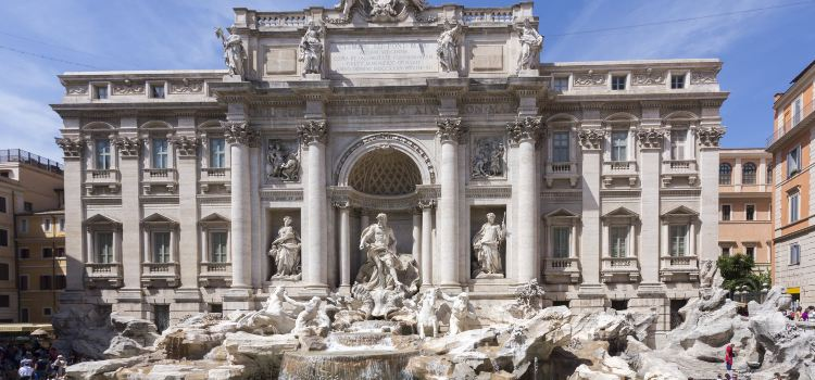 Trevi Fountain1