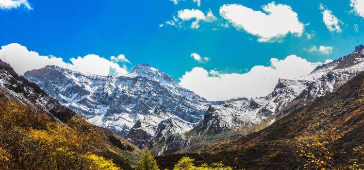 Huanglong Scenic Area3