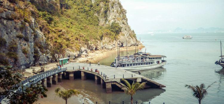 Halong Bay2