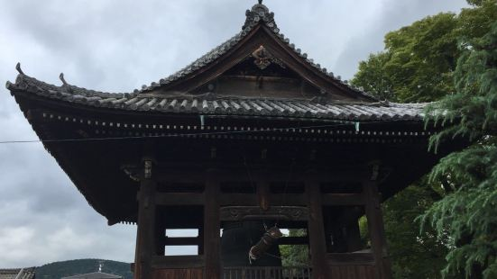 Toyokuni Shrine Karamon