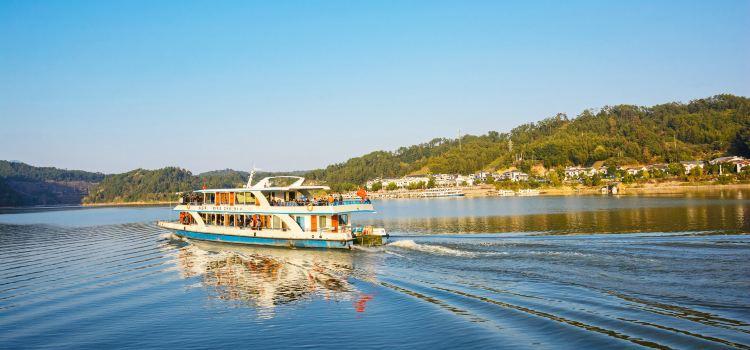 Dajin Lake1