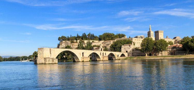 Pont Saint-Benezet (Pont d'Avignon)1
