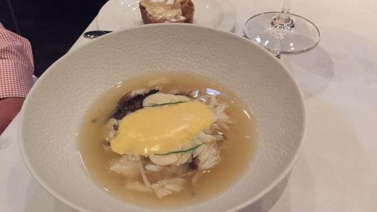 Sydney 2000 Restaurant