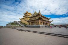 华藏寺-峨眉山-是条胳膊