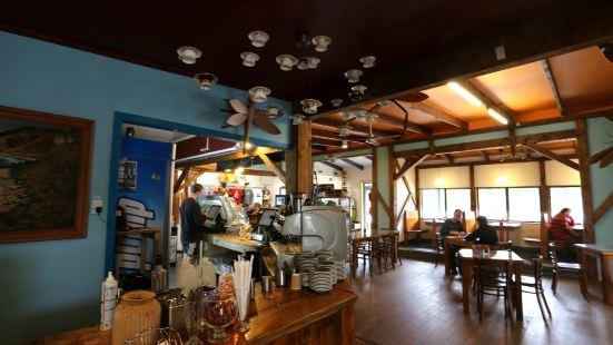 Pancake Rocks Cafe