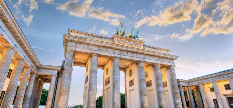 Brandenburg Gate1