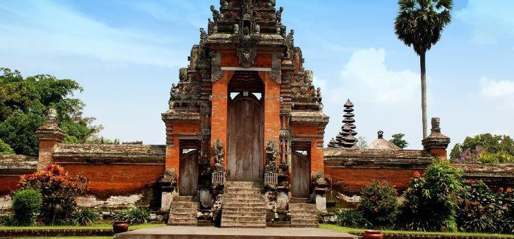 Ubud Palace2