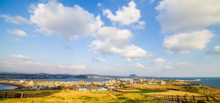 Jeju-Si Seafront1