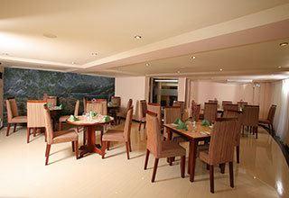 Devon Kandy Restaurant and Hotel