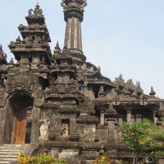 바즈라 산디(독립기념탑) 여행 사진