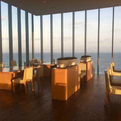 Glass restaurant User Photo