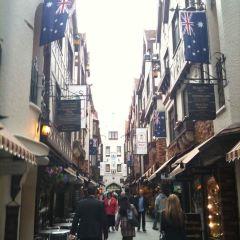 런던 코트 여행 사진