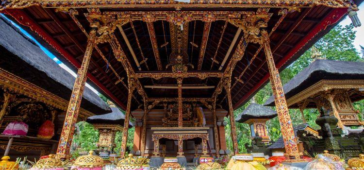 Tirta Empul Temple1