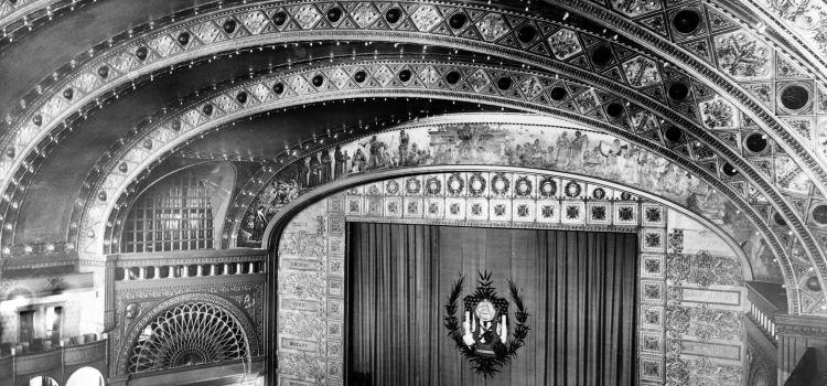 The Chicago Theatre3