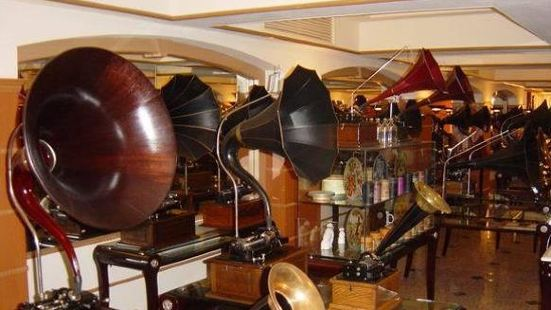 Sound of the Century - The Museum of Vintage Sound Machines